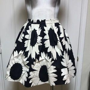 Cute sunflower skirt with pockets